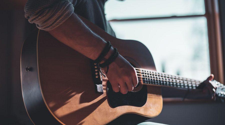 Den akustiska gitarrens hjältar
